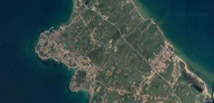Privlaka, 2145 m2, uz cestu Zadar-Vir