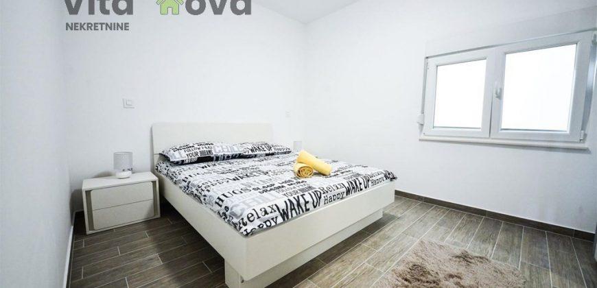 BULEVAR, 1-SOBAN, 40 m2, NOVOUREĐEN!